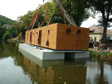 maison de la literie la rochelle d 233 coration 11 maison eau habitation flottante la rochelle maison de la literie prestige