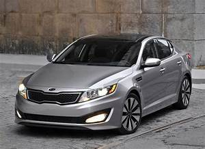 Kia Optima 2011 Midsize Sedan Debuts