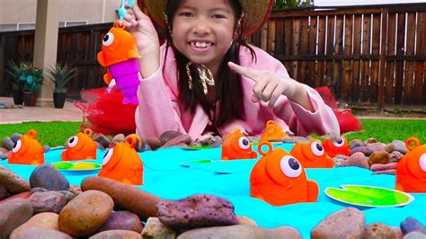 Pretend Play Fishing & Camping Toys With Wendy! Family Fun