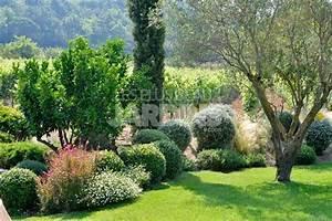 Faire Un Parterre De Galets : en son domaine le jardin au milieu des vignes les plus ~ Dailycaller-alerts.com Idées de Décoration