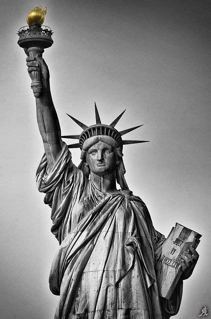 Symbol of American Dream | Statue of liberty tattoo, New
