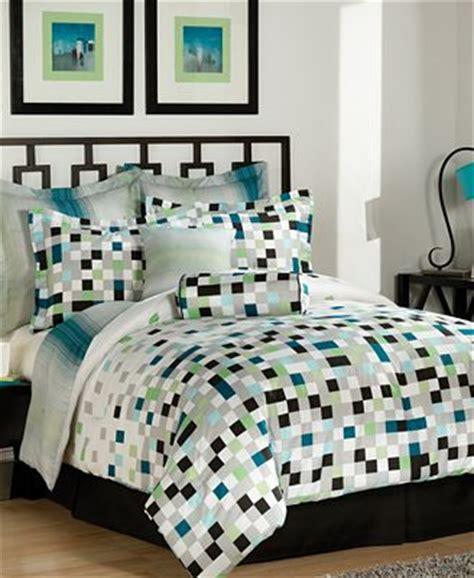 pixel screen 8 piece full comforter set bed in a bag