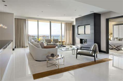 Bodenfliesen Wohnzimmer Modern by Wohnzimmer Fliesen 86 Beispiele Warum Sie Den