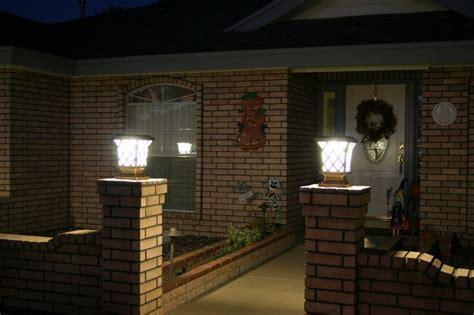 solar power fence post pillar column light lighted