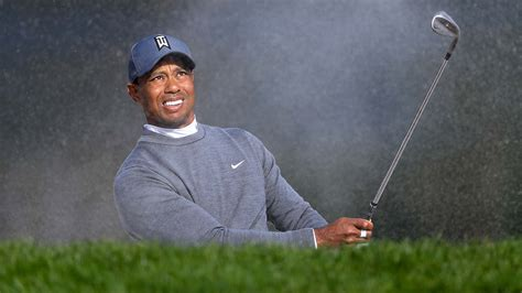 Tiger Woods in contention heading into Round 3 at Valspar ...