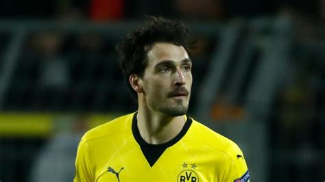 Born 16 december 1988) is a german professional footballer who plays as a centre back for bundesliga club borussia dortmund and the. Mats Hummels likely to join Bayern Munich in summer, says ...