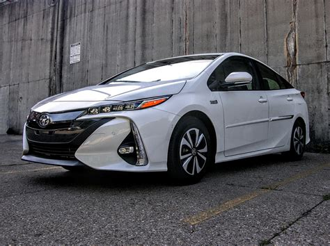 2017 Toyota Prius Prime Review