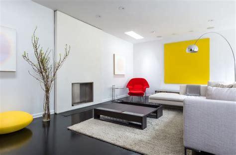 Minimalistische Wohnzimmer Einrichtungsideendesignideen Fuer Minimalistische Wohnraeume by Der Womb Chair Eero Saarinen Eingebung Zum Stuhl Aus