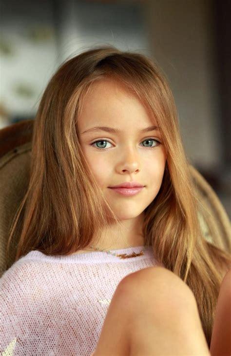 Se Llama Kristina Pímenova Tiene 9 Años Y Es La Niña Más