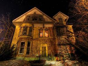 How to Sell a Haunted House | HGTV