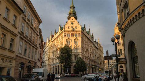 Travel Tips For Prague Czech Republic At A Glance