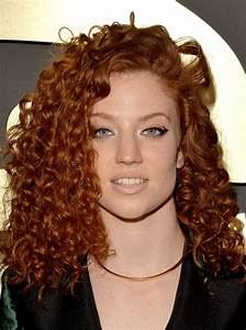 Jess Glynne | See Every Rock-Star Beauty Moment From the 2015 Grammys Red Carpet ...