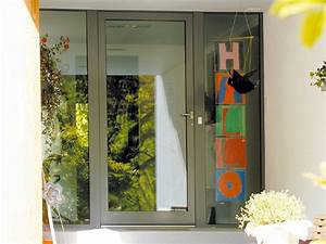 Haustüren Mit Viel Glas : haust ren aus aluminium eingangst ren aus metall und glas ~ Michelbontemps.com Haus und Dekorationen