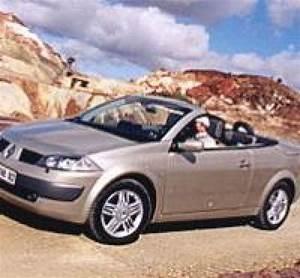 Batterie Megane 2 1 9 Dci : renault m gane ii coup cabriolet 1 9 dci 120 ch par de verre toit ~ Gottalentnigeria.com Avis de Voitures