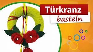 Rosen Für Türkranz Basteln : t rkranz basteln aus styropor mit blumen bastelidee und ~ Lizthompson.info Haus und Dekorationen
