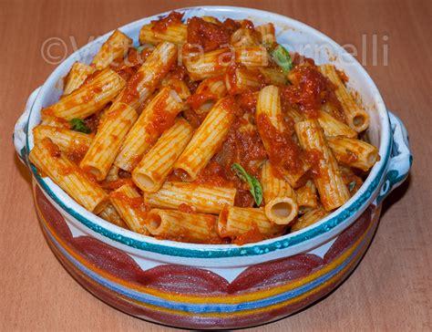 pasta con la nduja ricetta tipica calabrese vittoria ai