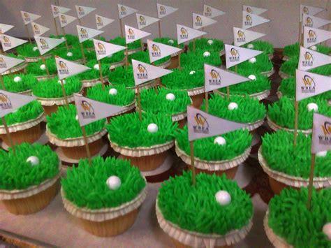 golf cupcakes main  custom cakes