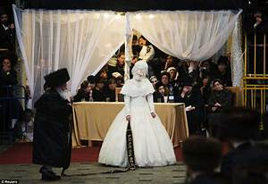 hasidic belz rebbe grandson shalom rokeach39s wedding to With orthodox jewish wedding dress