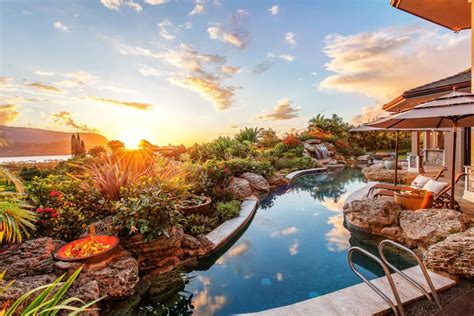 amazing pool landscaping ideas   home carnahan