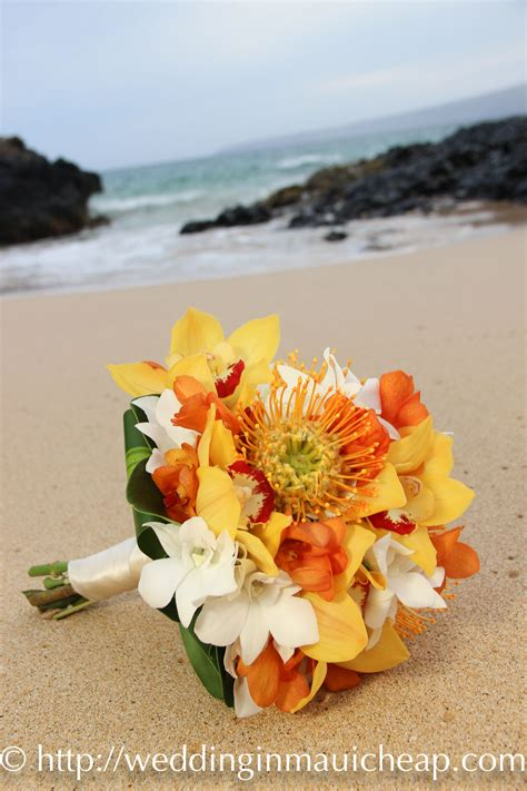 cheap maui wedding flower affordable barefoot maui wedding