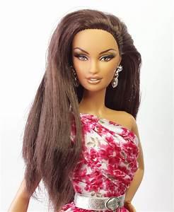 Barbie CHOCOLATE HERSHEY WITH BELK DRESS   MISTER DOLLFACE  Barbie