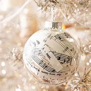 6 Fun Holiday Sheet Music Projects