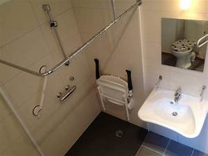 amenagement toilette pour handicape ciabizcom With amenagement salle de bain handicape