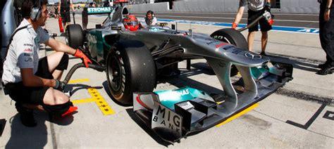 """The driver didn't have a control duct, as with the mclaren. Mercedes GP prueba un nuevo sistema basado en el """"F-duct ..."""