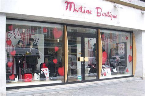 idee de vitrine magasin nos r 233 f 233 rences stickers pour la d 233 coration de vitrines de magasins ek d 233 coration