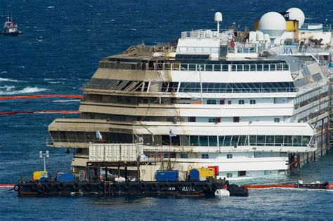 Cruise ship that sank in italy