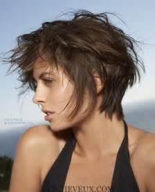 coupe pour cheveux ã pais 5 courts coupes pour cheveux épais et des visages ronds cheveux coiffure