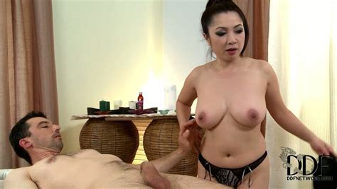 Busty Asian Massage Therapist Gives Hot Blowjob In
