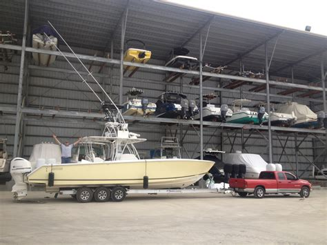 Regulator Boats Vs Everglades by Ram3500 Vs Ford 350 The Hull Boating And Fishing