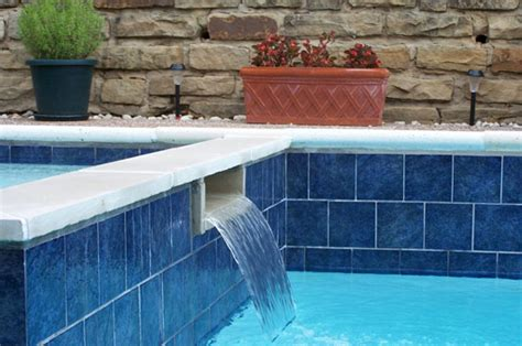 make your pool stand out with pool tile replacement