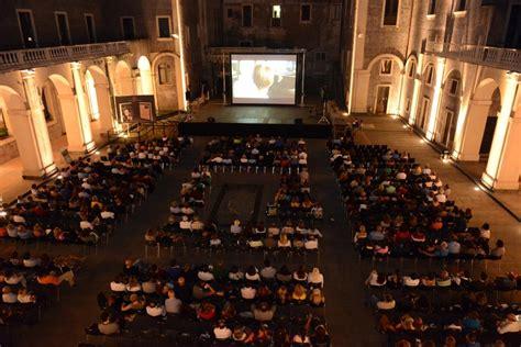Cortile Platamone by Corti In Cortile Il Festival Internazionale Di