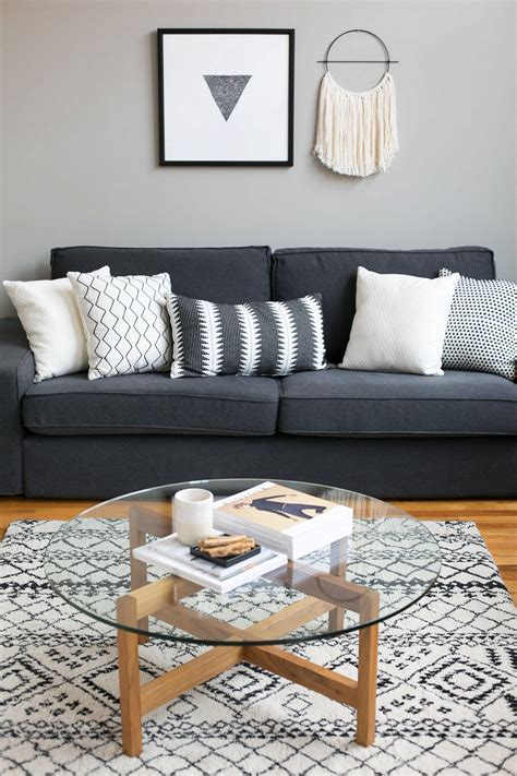 Living Room Pillows Ideas by 30 Amazing Living Room Pillow Ideas For Beautiful House