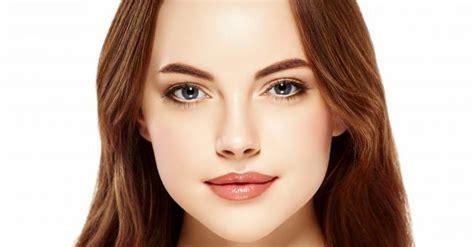 Comment appliquer du maquillage contouring avec images
