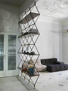 Raumteiler Regal Holz : optisches highlight durch modernes minimalistisches raumteiler design ~ Sanjose-hotels-ca.com Haus und Dekorationen