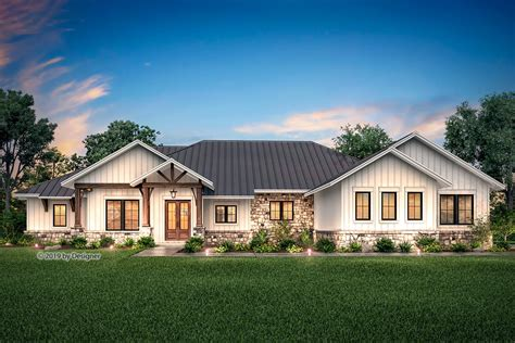 hill country ranch home plan  vaulted great room hz architectural designs house plans