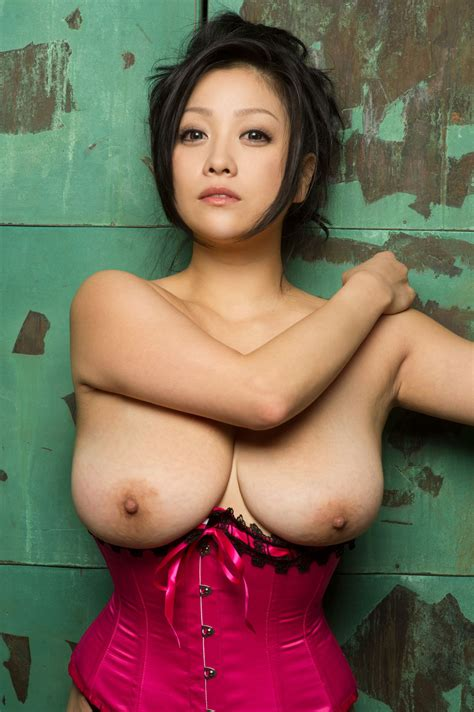 小向美奈子のおっぱい画像 ひぃろのあるばむ