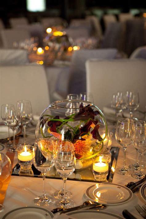 centre de table de mariage vase boule avec calas galets et miroir par a fleur et 224 mesure