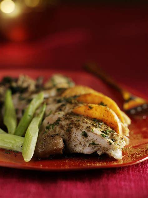 farce cuisine recette oie rôtie et sa farce épicée cuisine madame figaro