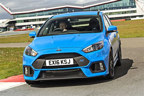 Drift Ford Focus by Ford Focus Rs Drift Stick Takes Handbrake Turns To A