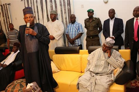 Photos Governor Shettima Receives Atiku Abubakar In Maiduguri