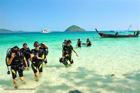 Best Place To Scuba Dive by 10 Best Places To Learn To Dive In Thailand Phuket Magazine