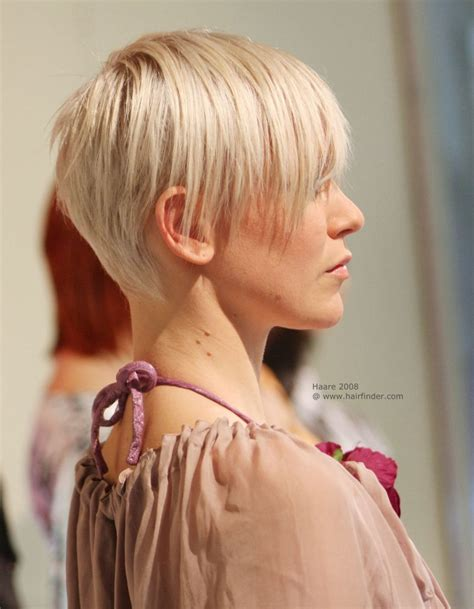 flattering  gamine short hairstyle  short neck hairs