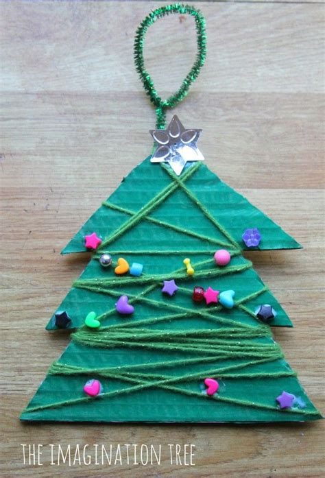 christmas tree crafts with yarn
