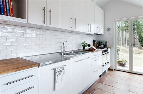 white kitchen brick tiles backsplash tile images everything tuscany kitchen idea 1330