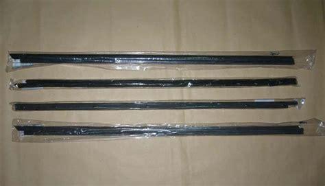 Weatherstrip Window Door Belt Moulding Seal Set Fits 87-95