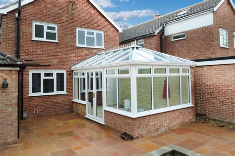 Conservatory : Timber, Aluminium & Upvc